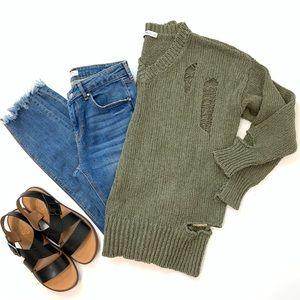 Zara | Ripped Olive sweater